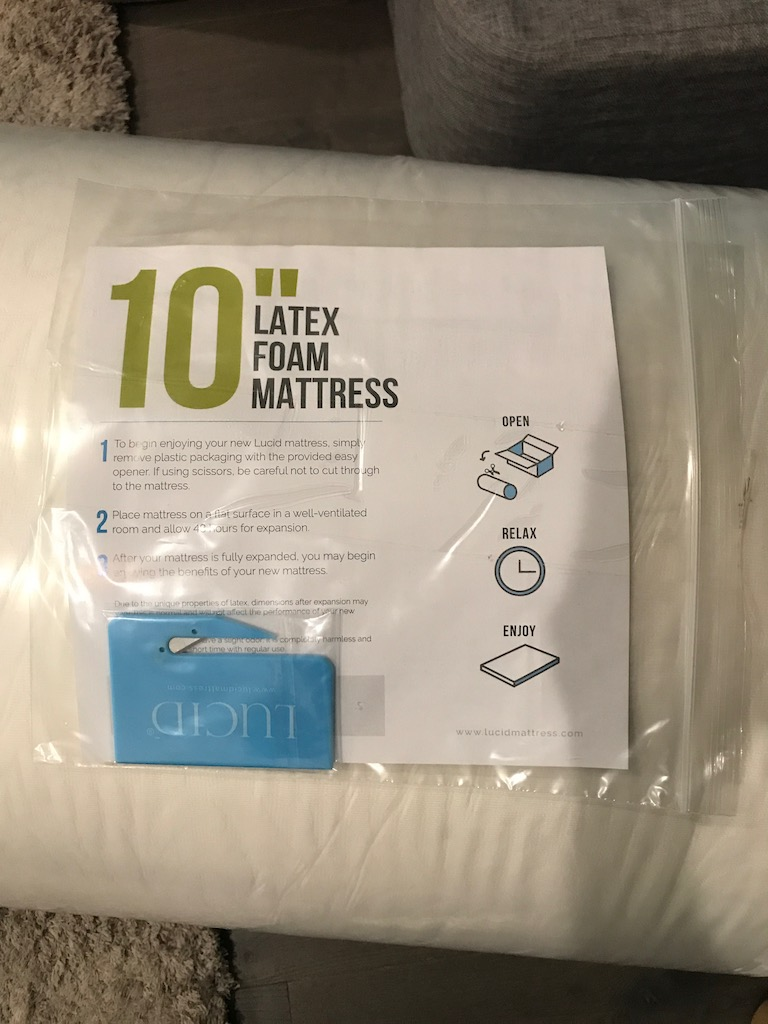 Lucid 10 Inch Latex Foam Mattress Review| MattressJunkie.com