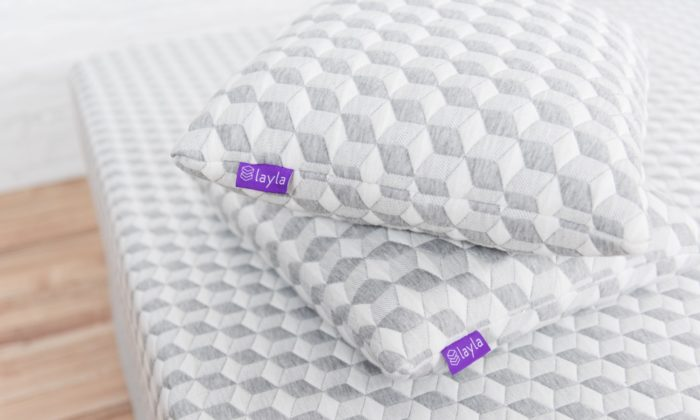 Layla Pillow Review