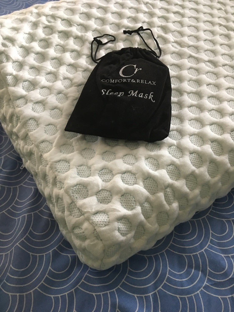 CR Contour Memory Foam Pillow Review
