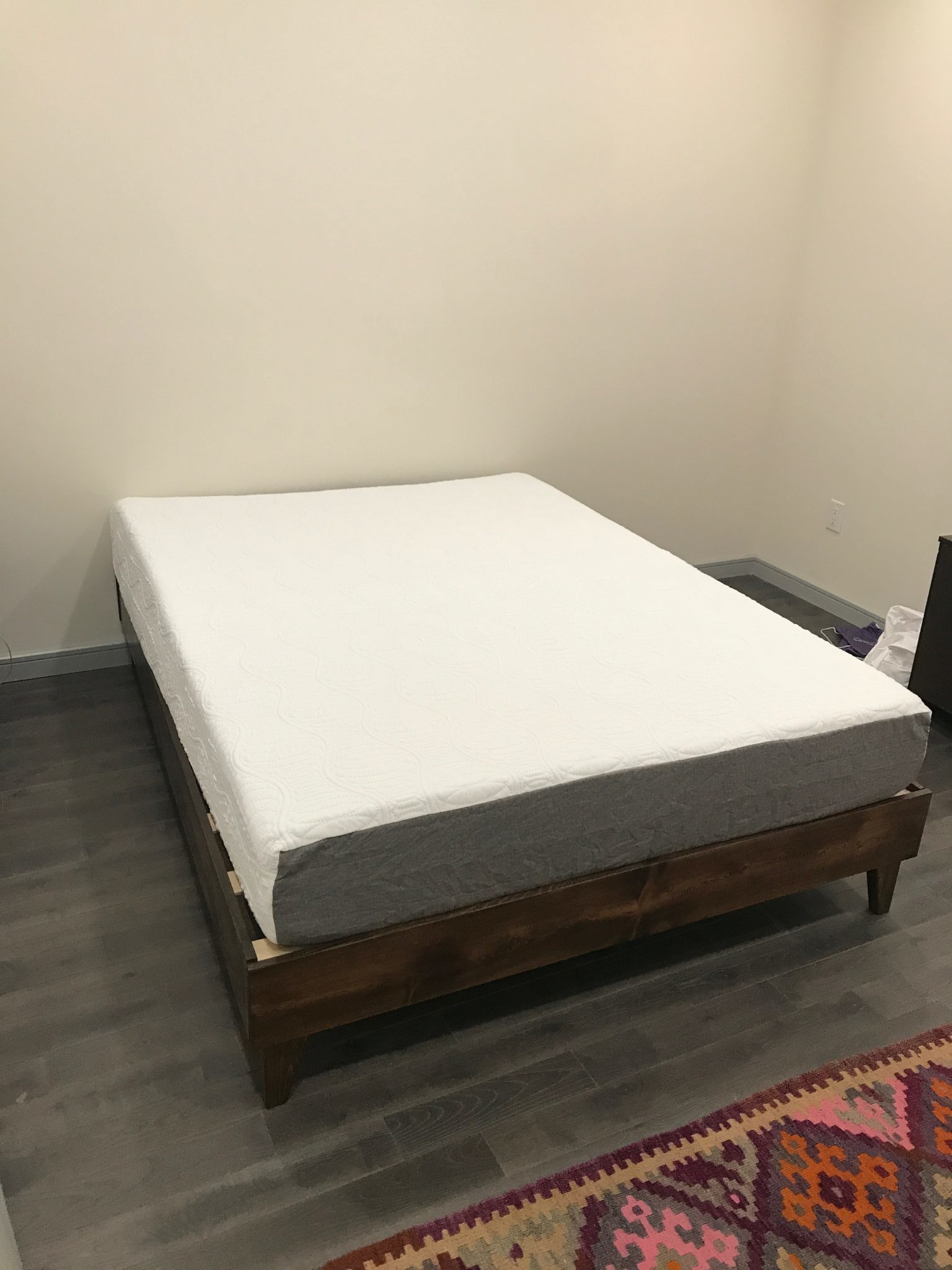 eLuxury 10 Inch Gel Memory Foam Mattress Review