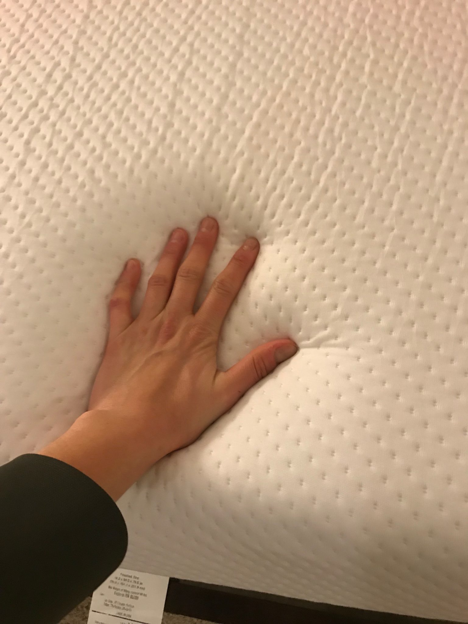 Unboxing and first impressions of the Blello Mattress. We like the cover and materials